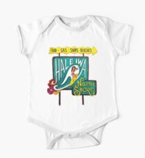 Hale'iwa North Shore Sign - WOMAN / DRAWING One Piece - Short Sleeve