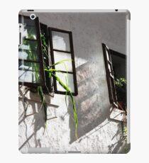 Jungle Windows iPad Case/Skin