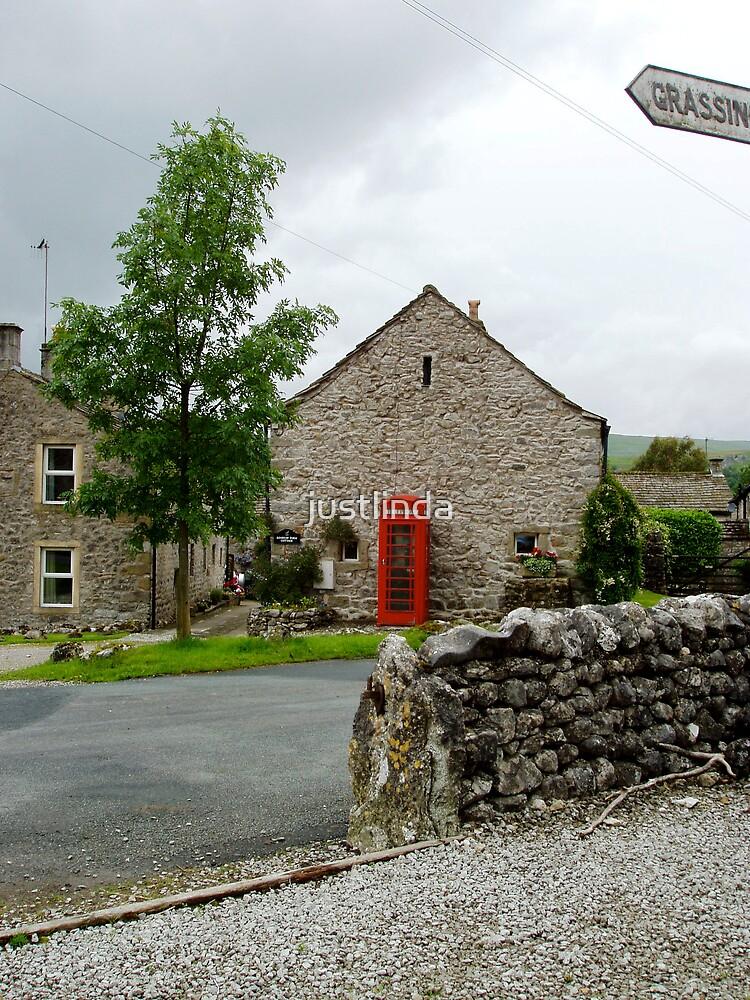 Red Phone Box by justlinda