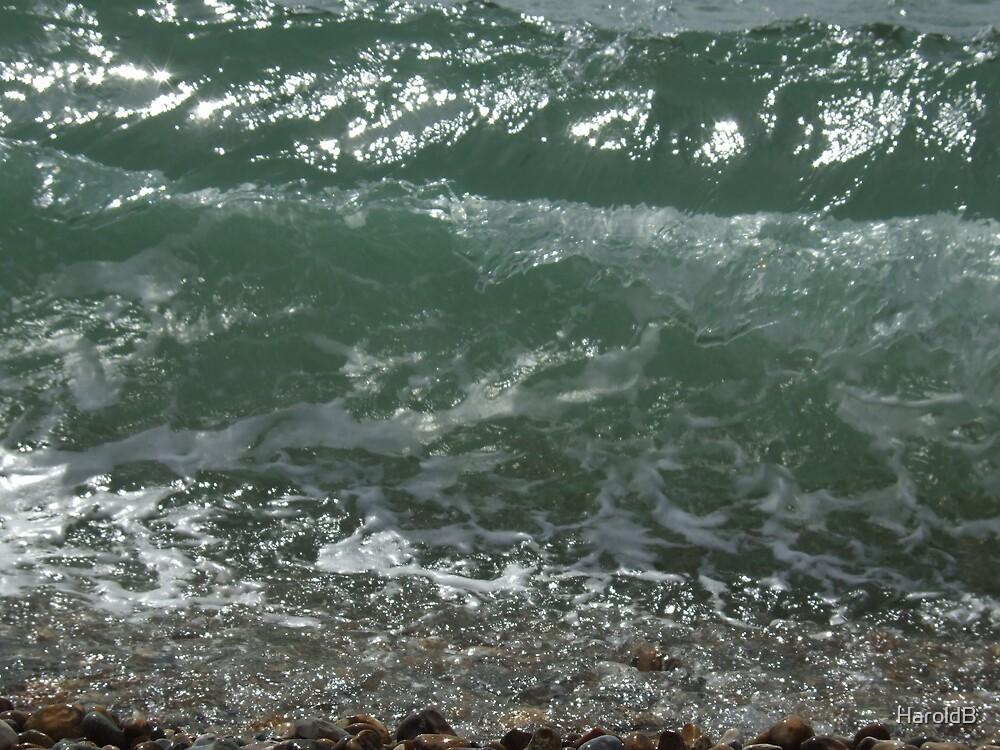 Wave by HaroldB