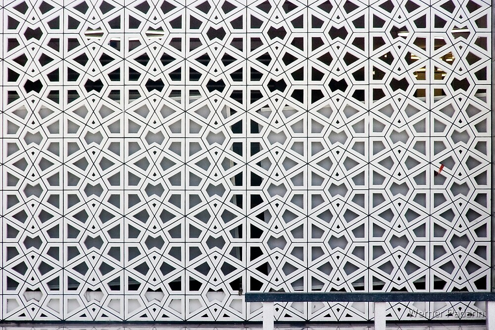 Masjid Negara 1 by Werner Padarin