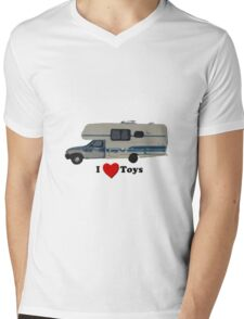 I love Toyota Motorhomes  Mens V-Neck T-Shirt