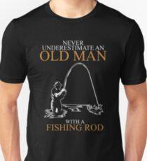 Never Underestimate Old Man Fishing Rod Unisex T-Shirt