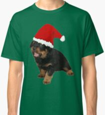 Cute Merry Christmas Puppy In Santa Hat Classic T-Shirt