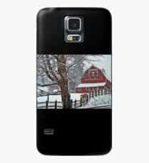 Snowing at the Red Barn Case/Skin for Samsung Galaxy