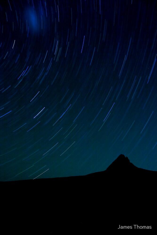 Barn Bluff Stars by James Thomas