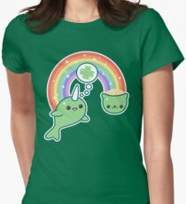 St Patrick's Day Lucky Narwhal Women's Fitted T-Shirt