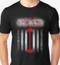 LIfting weights - USA american flag T-Shirt