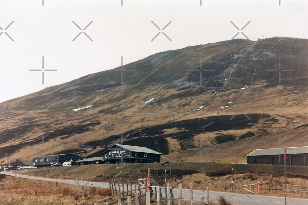Glenshee Ski Centre, Scotland by georgiegirl