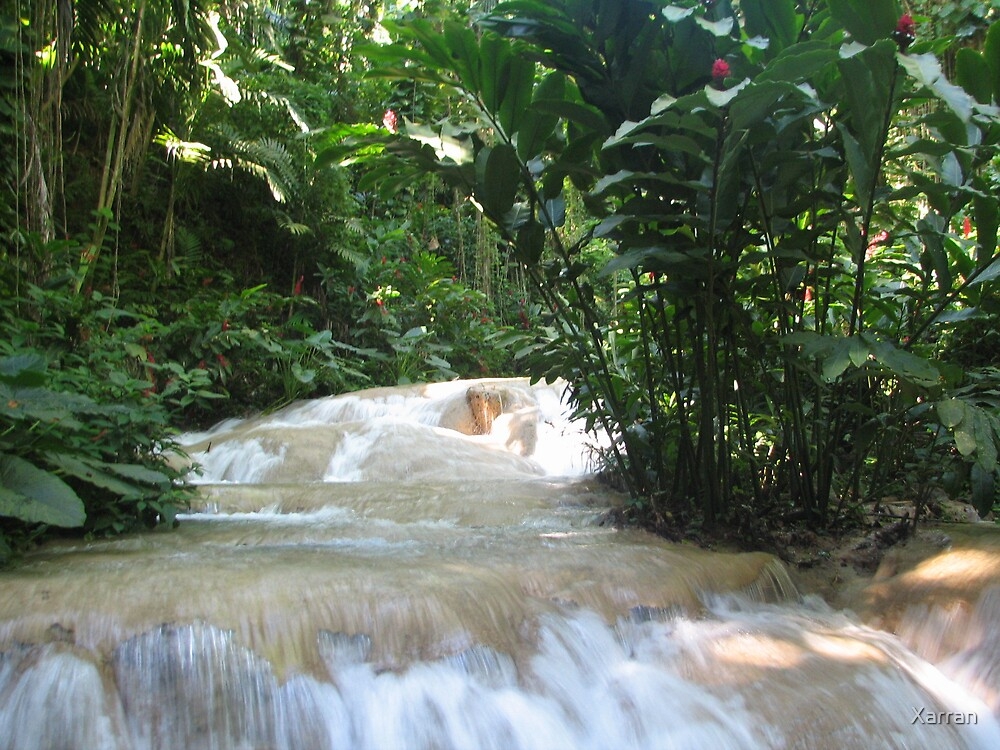 beautiful waterfall by Xarran