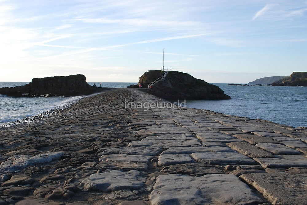 Barrel Rock by imageworld