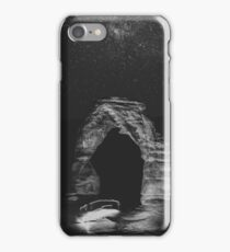 Night Sky Stars - Black and White Delicate Arch at Arches National Park Utah iPhone Case/Skin