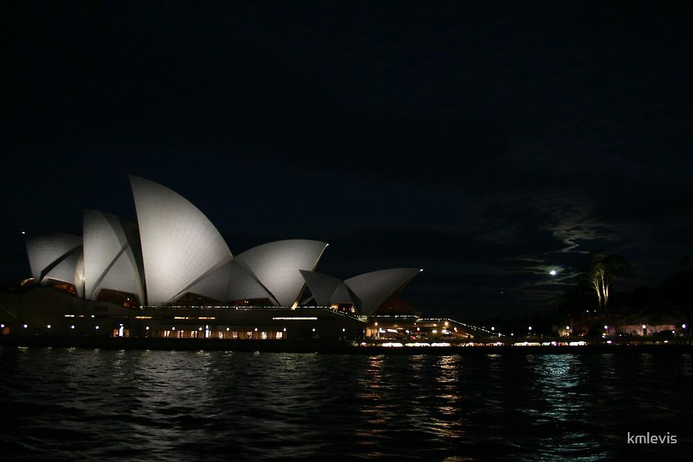 Opera house by kmlevis