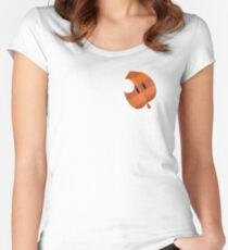 Tanooki Leaf Women's Fitted Scoop T-Shirt