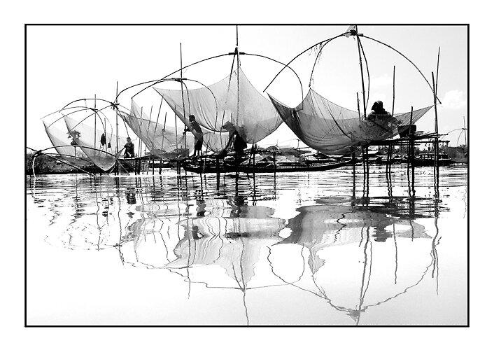 Fisher men in Myanmar by khaingmyattun