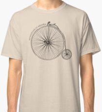 Adventure Awaits (Italian) Classic T-Shirt
