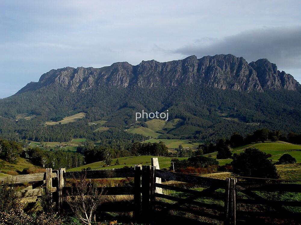photoj Australia - Tasmania, Mt Roland by photoj