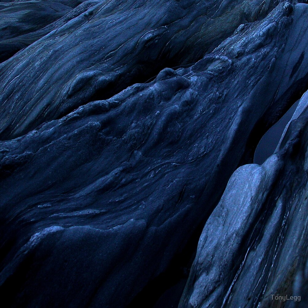 After dark  by TonyLegg