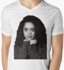 Cute Lisa Bonet T-Shirt