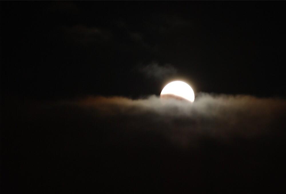 moon by Princessbren2006