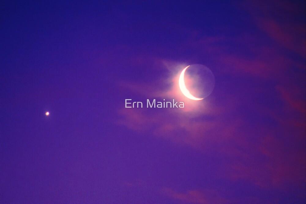 Crescent Moon and Venus by Ern Mainka