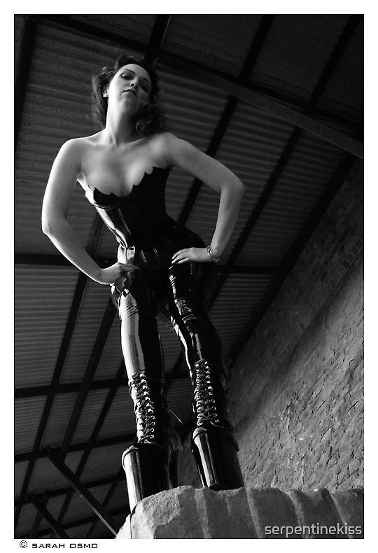 Dark Mistress by serpentinekiss