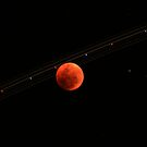 Total Lunar Eclipse Trail by capturition
