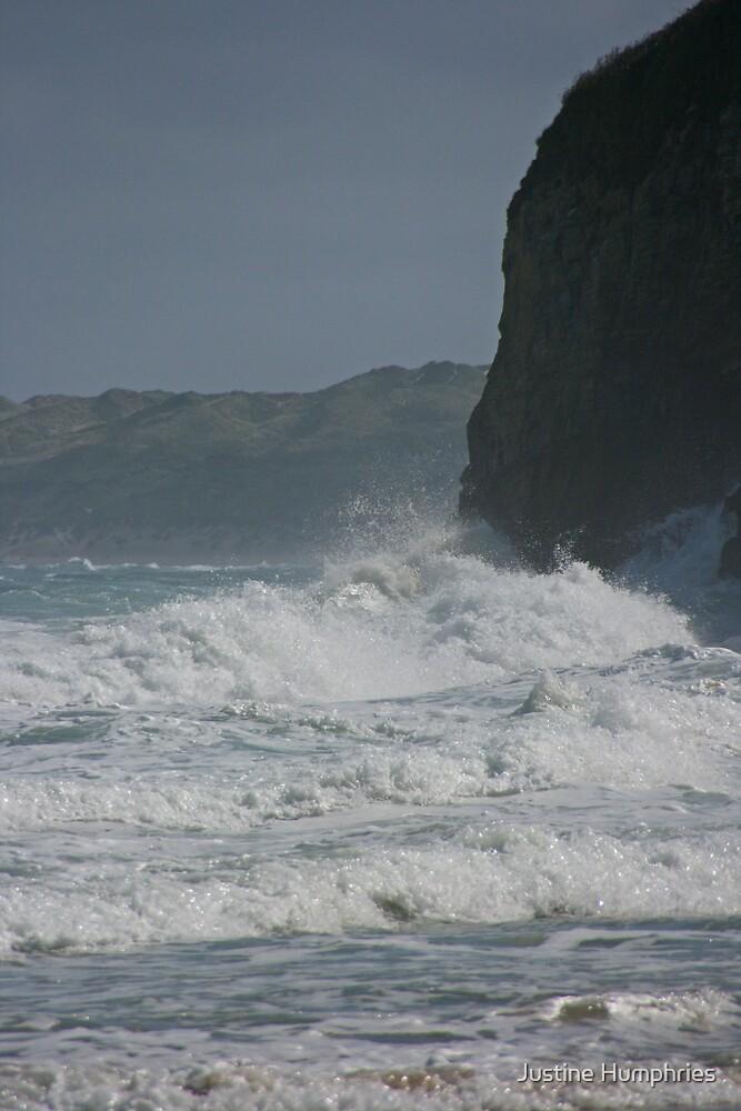 Crashing Waves by Justine Humphries