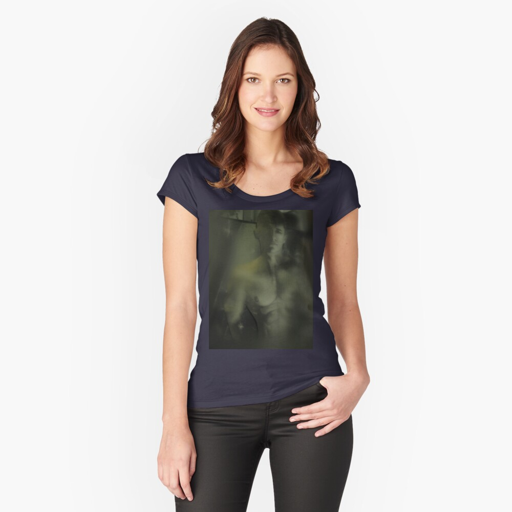 Sogni D'oro Women's Fitted Scoop T-Shirt Front