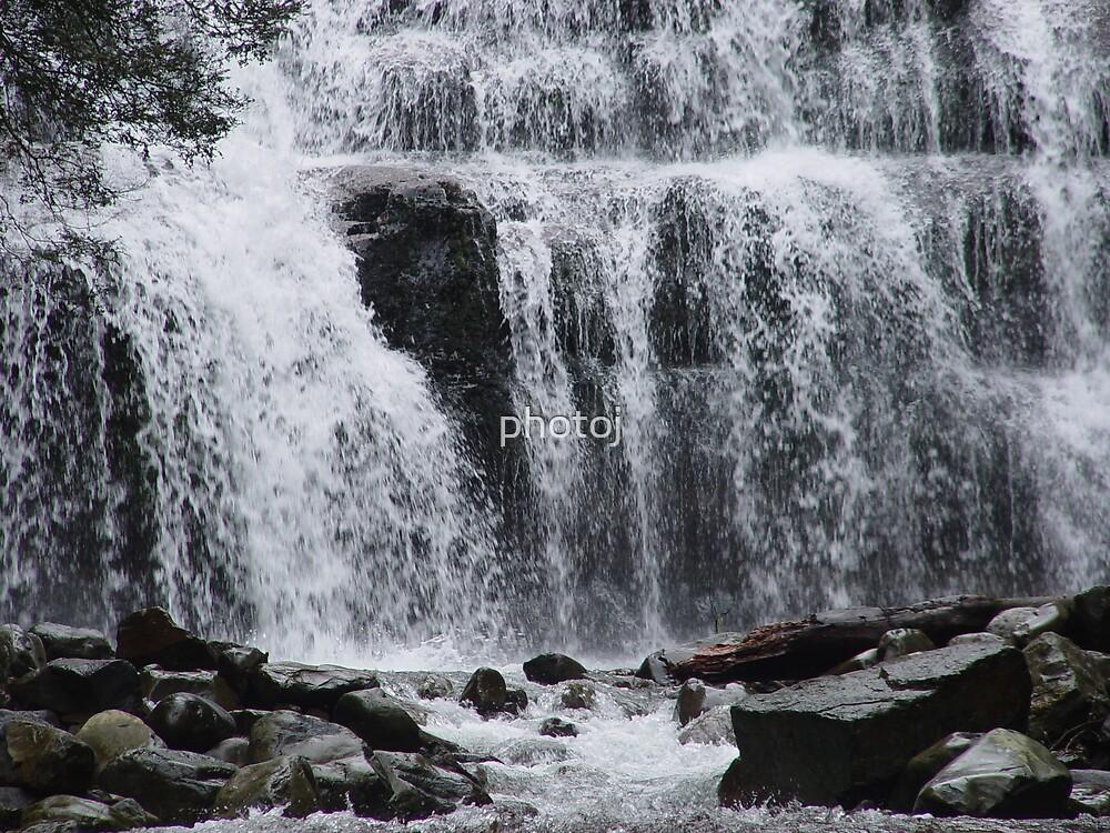 photoj Tasmania Waterfall by photoj