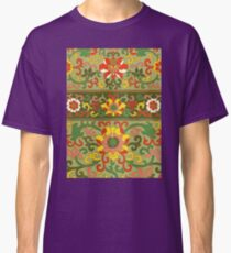 Detailed Colorful Abstract Floral Pattern Artwork In Green Red And Yellow Classic T-Shirt