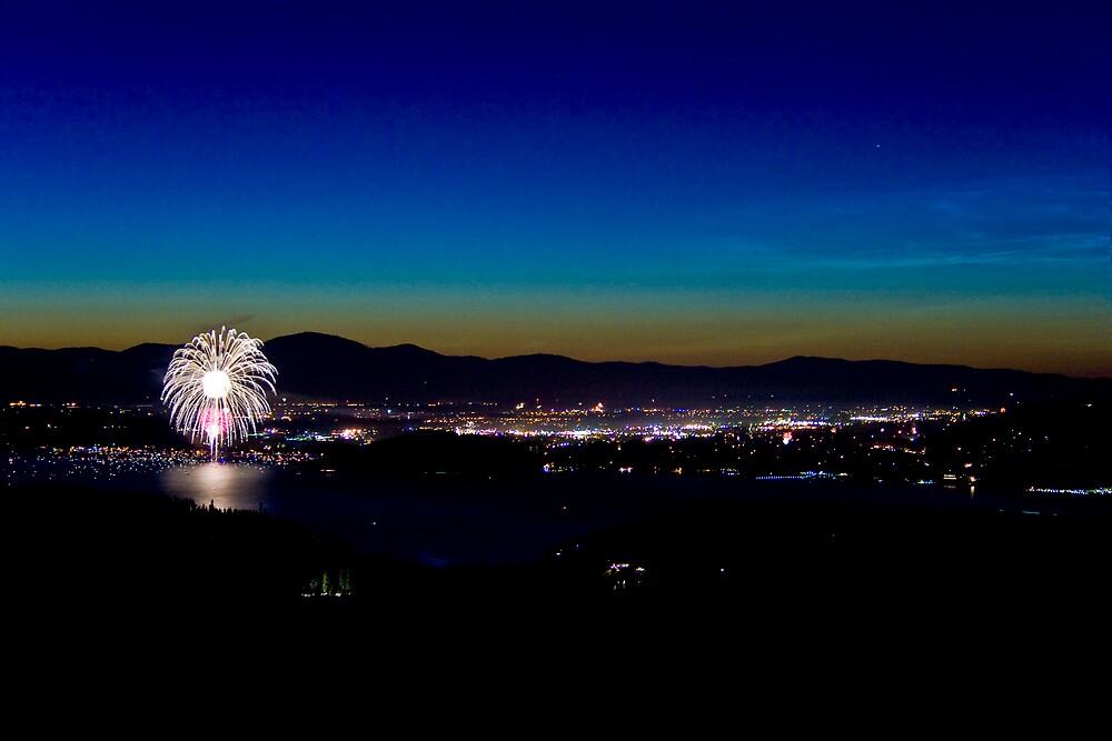 Firework by jlitc