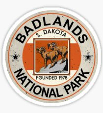 Pegatina PARQUE NACIONAL BADLANDS SOUTH DAKOTA MOUNTAINS CAMPING CAMPING HIKE CAMP