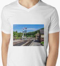 Levisham Station Men's V-Neck T-Shirt