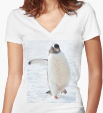 A gentoo penguin out for a stroll..... Women's Fitted V-Neck T-Shirt