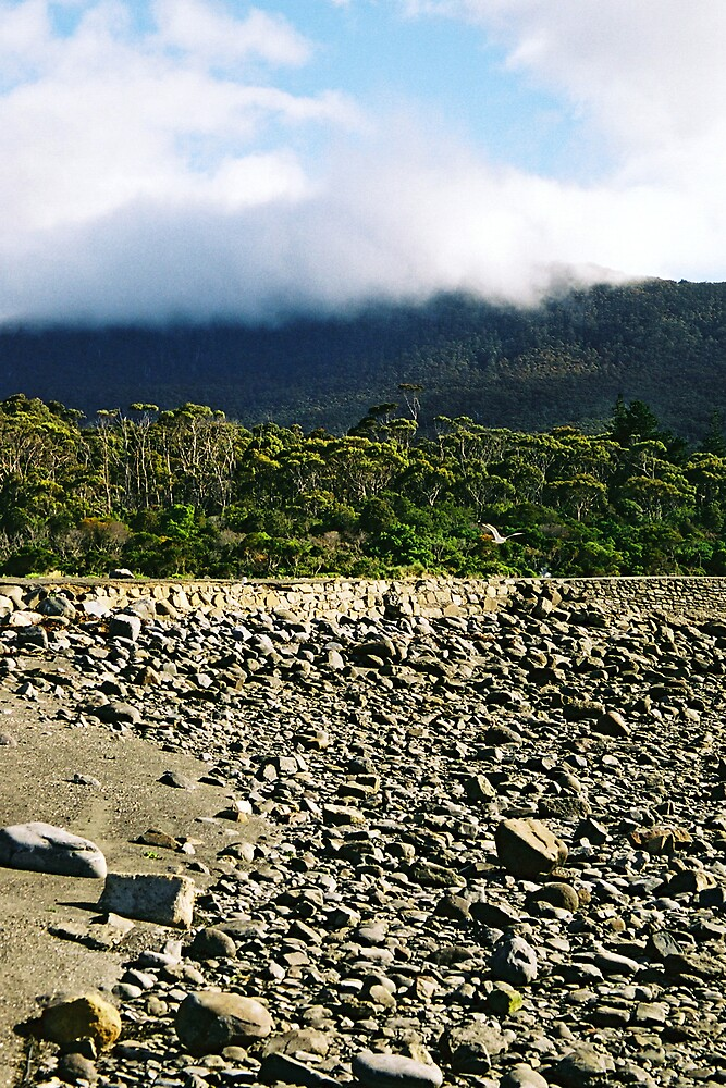 Cloudy Rocks by bethgardner
