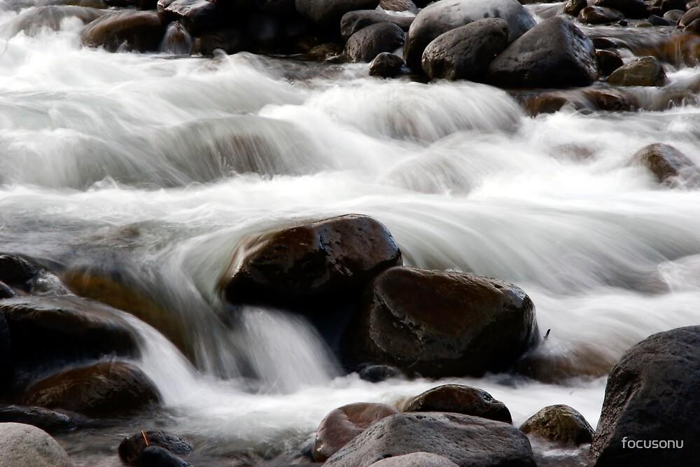 flowing stream by focusonu
