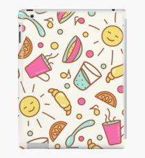 Cozy pattern with breakfast items iPad Case/Skin