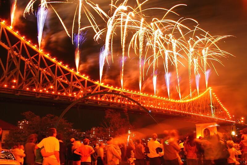 riverfire 2007 Brisbane Australia by smurf