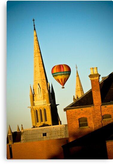 Ballooning over Bendigo by Marcus Mawby