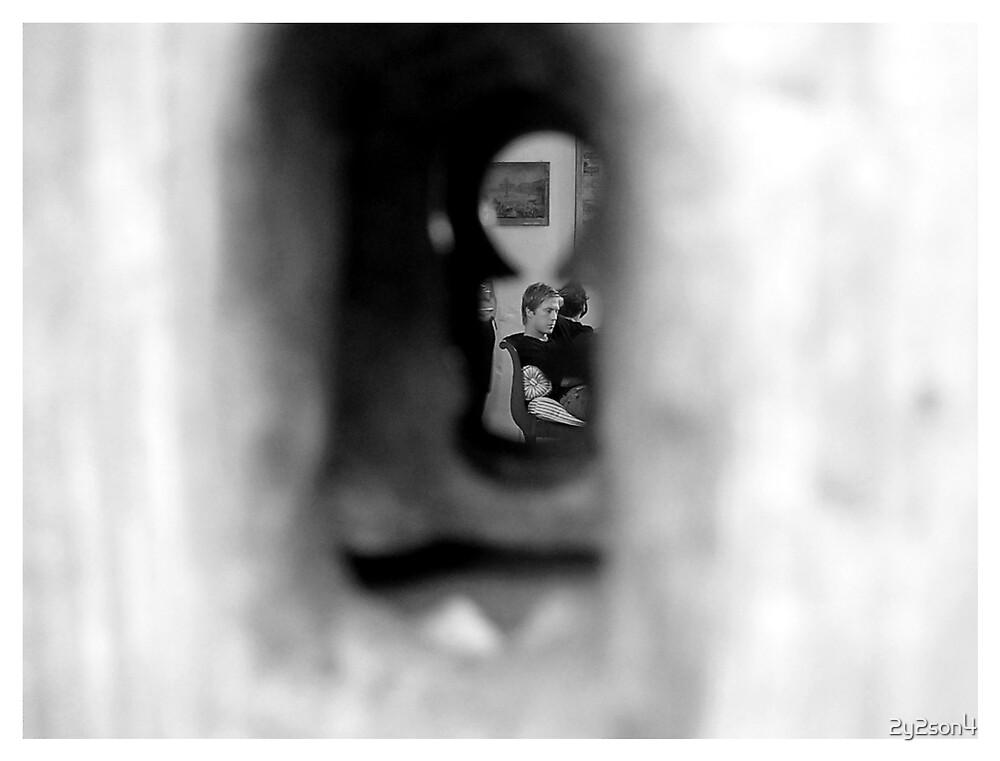 Keyhole by 2y2son4