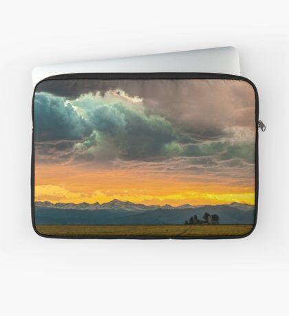 Powers of Sunset Laptop Sleeve