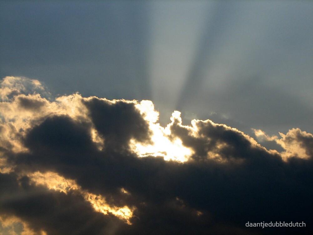 exploding clouds by daantjedubbledutch