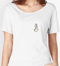 FINGER HEART Women's Relaxed Fit T-Shirt
