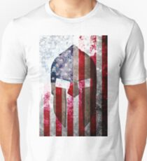 Molon Labe - Spartan Helmet Across An American Flag On Distressed Metal Sheet Unisex T-Shirt