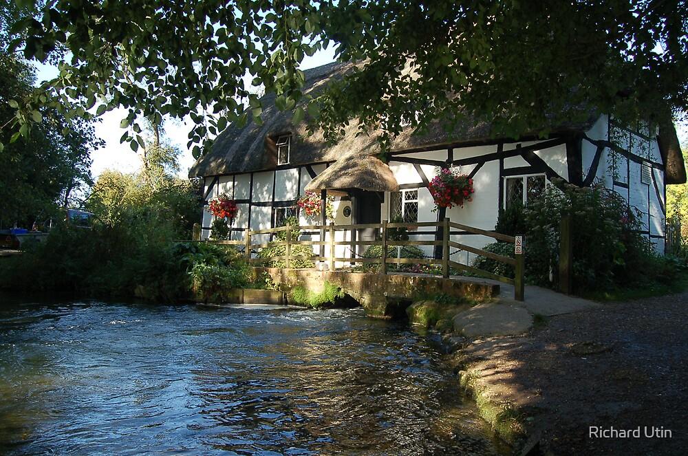 Little River Cottage by Richard Utin