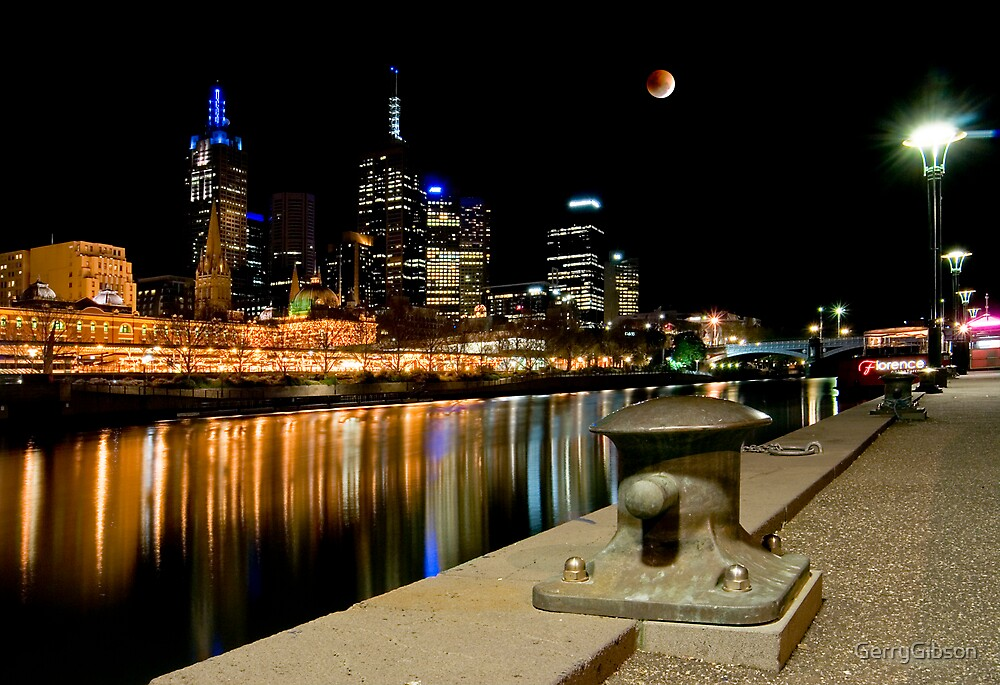 Yarra River at Night by GerryGibson