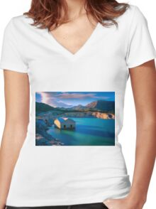Amadorio building revealed near sunset Women's Fitted V-Neck T-Shirt