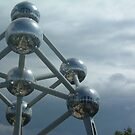 The Atomium2 by Martin Campbell