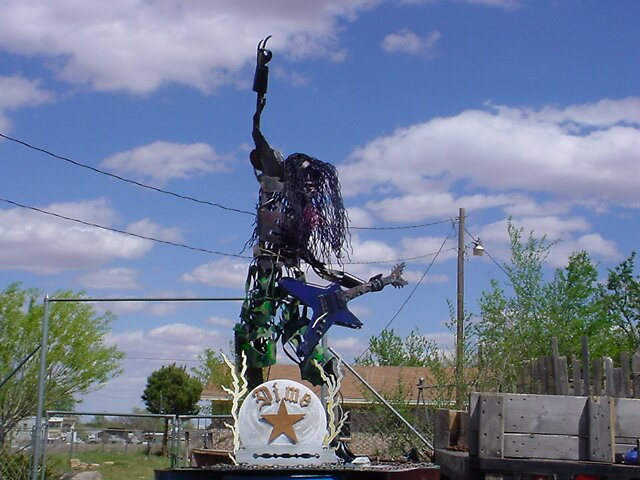 """""""8 ft. Dimebag Darrell statue"""" by lynnday"""